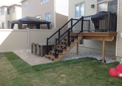 deck and patio interlock
