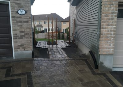 between houses interlock path