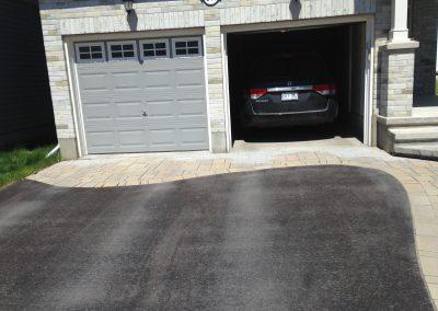 driveway interlock accent