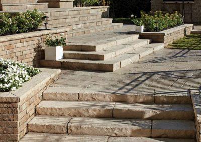 gator-base-stairs