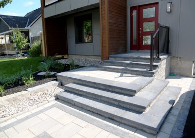 steps and sidewalk landscaping